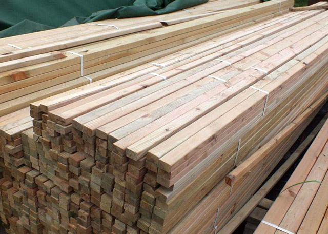建筑木方质量的影响因素有哪些?夏天建筑木方的储放是如何的呢?