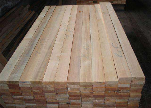 避免 建筑木方脱干维护的方式